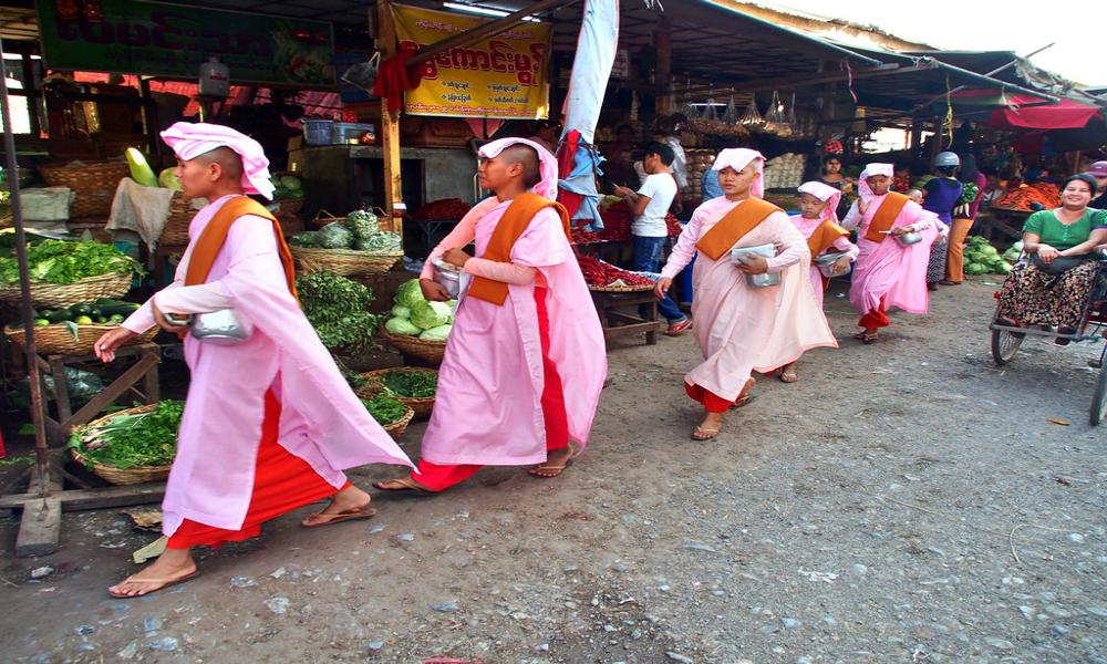 راهبه های معابد در تایلند
