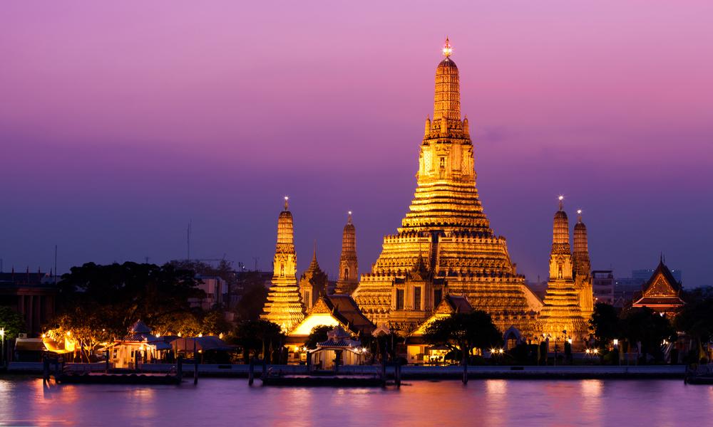 معبد وات آرون از دیدنی های بانکوک
