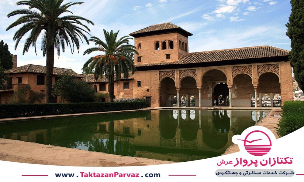 قصر الحمرا در گرانادا