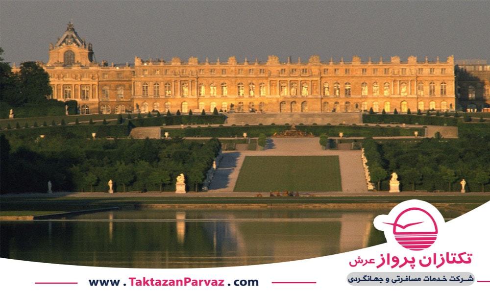کاخ ورسای در شهر پاریس